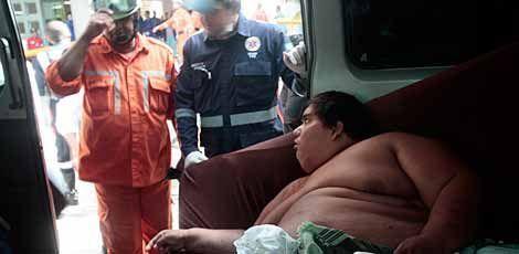 Carlinhos chegou ao HC da UFPE com 420 quilos.