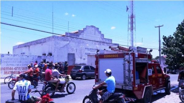 Polícia Civil encontra celular com gravações sobre incêndios na cidade de Angicos que destruiu documentos na delegacia local