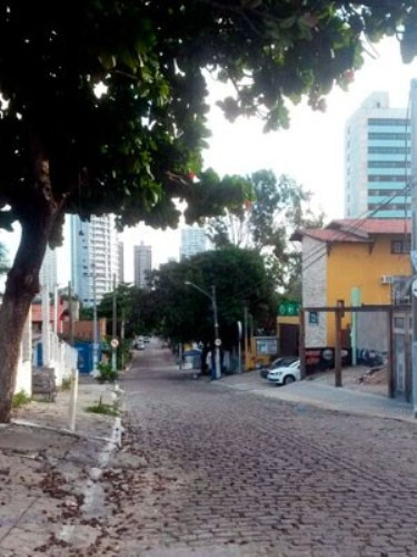 Absurdo: Carioca de 18 anos é estuprada a caminho de boate em Natal